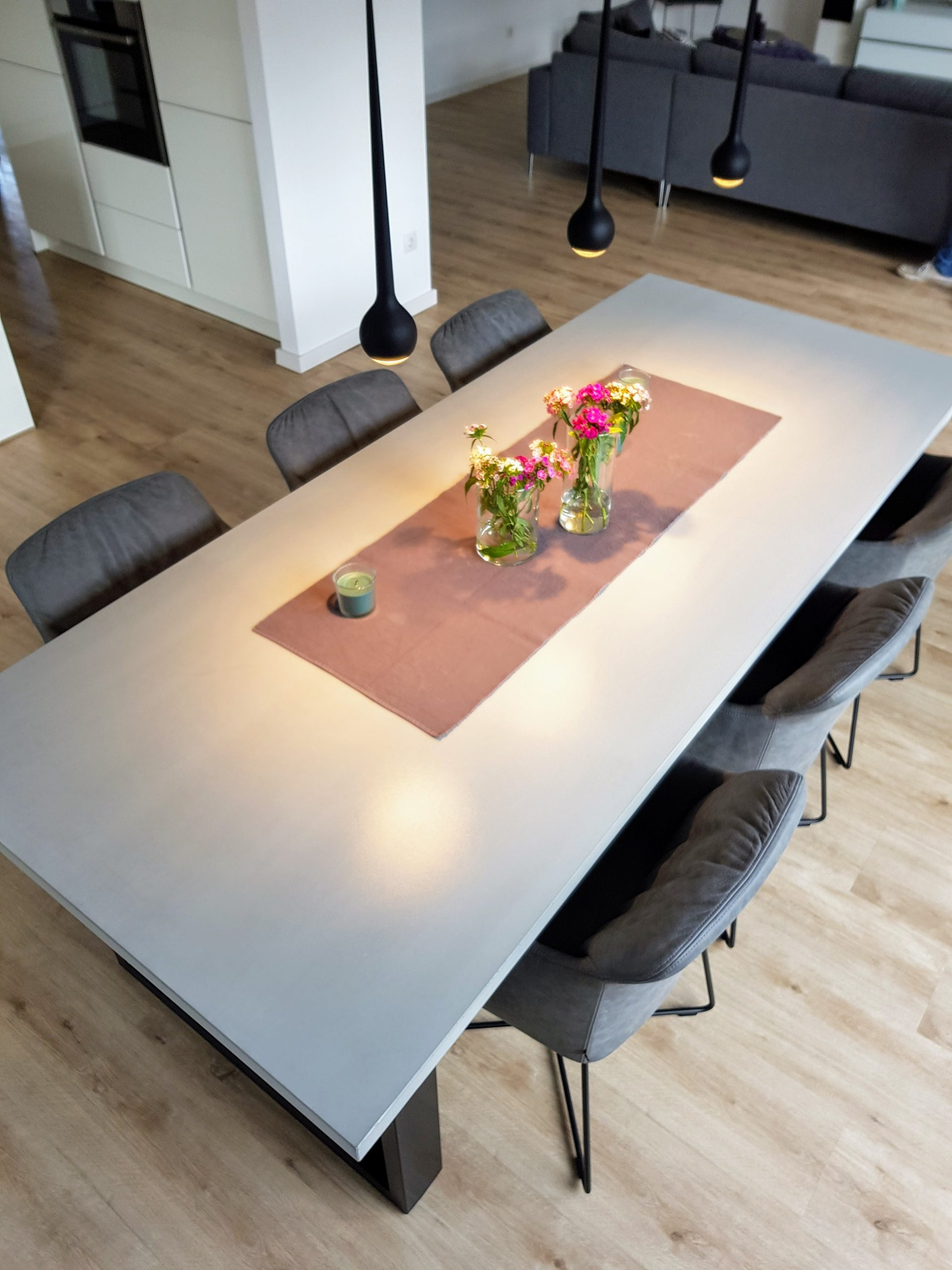 esstisch baumplatte finest boone esstisch betongrau with esstisch baumplatte perfect beton. Black Bedroom Furniture Sets. Home Design Ideas