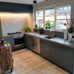 Traumküche aus Holz und Beton