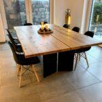 Eiche Esstisch in 140cm Breite mit Untergestell aus Stahlplatten (+ Beton Sitzbank)