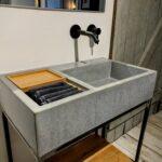 Beton Waschbecken S auf Stahluntergestell