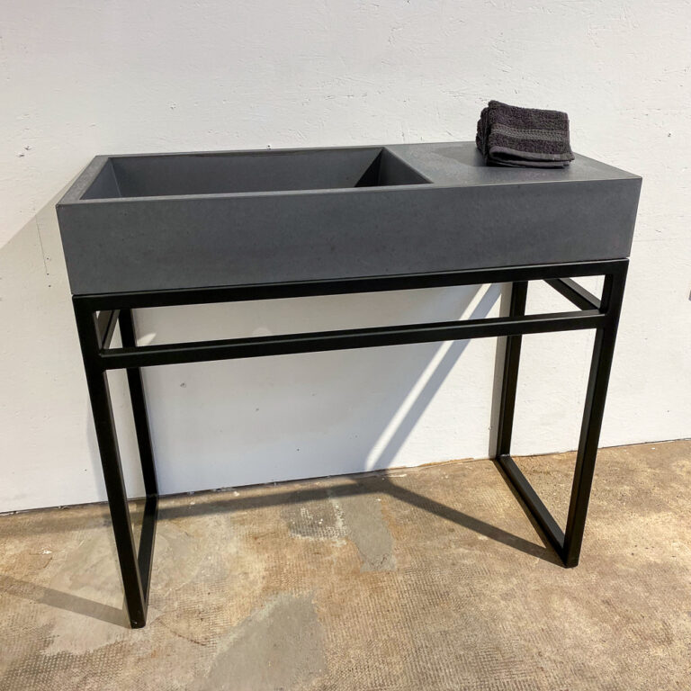 Kombination Design-Waschtisch aus Beton